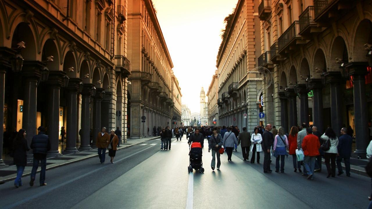 L'Italia riprende il cammino verso la felicità