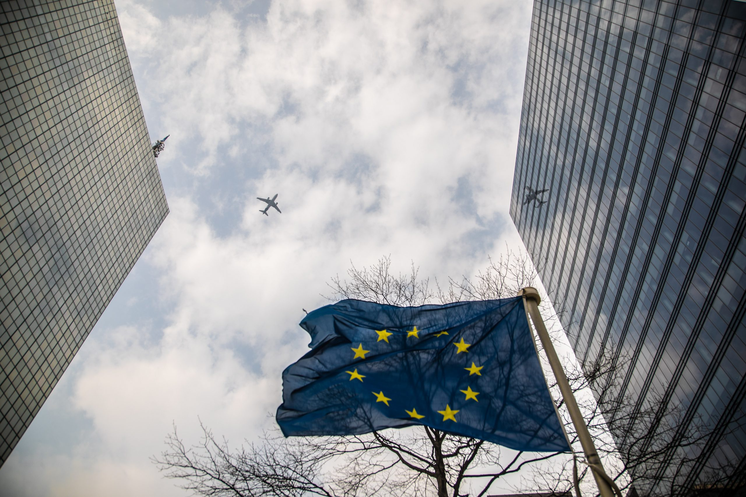 """L'accordo """"storico"""" dell'UE: risposte alle domande chiave"""