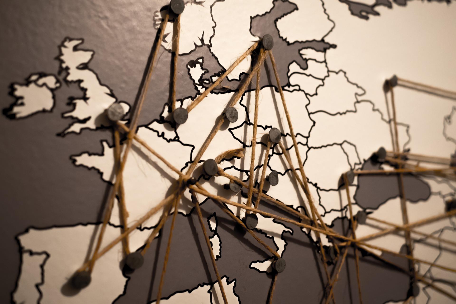 I paesi dell'UE devono diversificare urgentemente i fornitori di 5G, afferma la Commissione