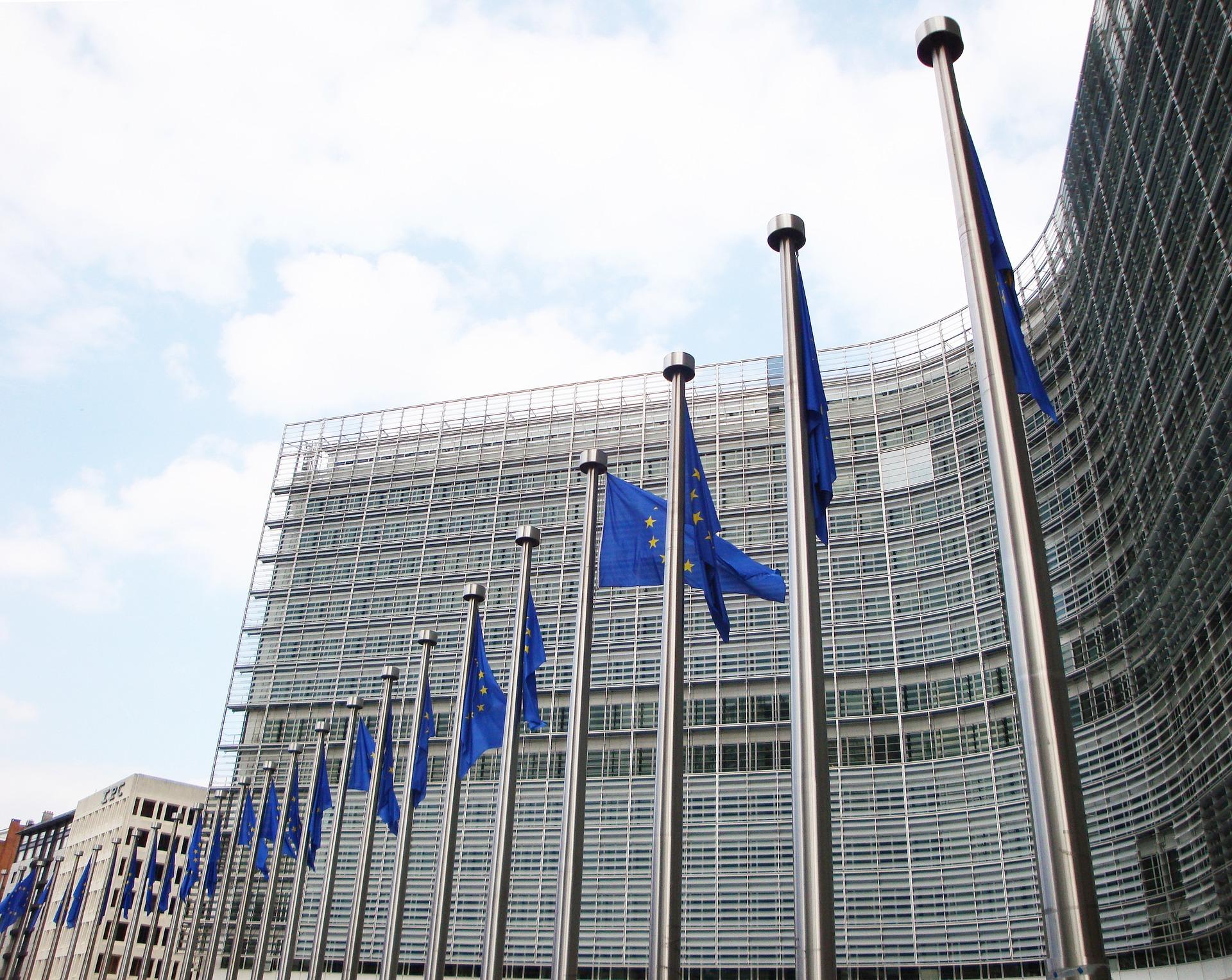 L'UE accetta di accantonare il 37% del fondo di recupero per la transizione verde
