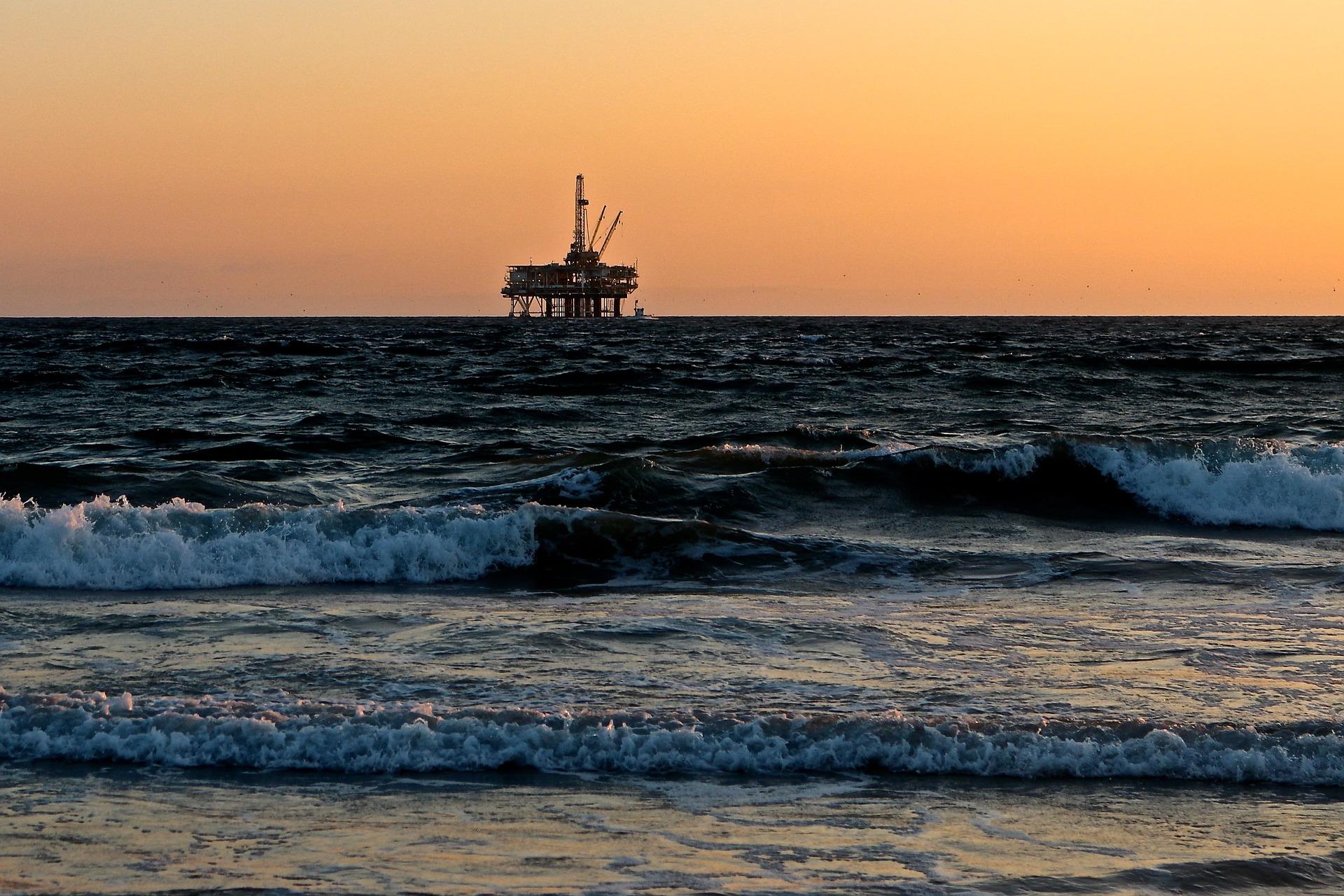 Il coronavirus minaccia di ostacolare il boom degli shale-oil negli Stati Uniti per anni